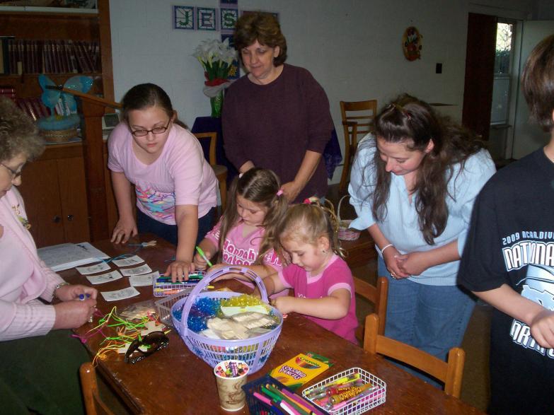 Easter Egg Hunt 09 Girls & Crafts 2