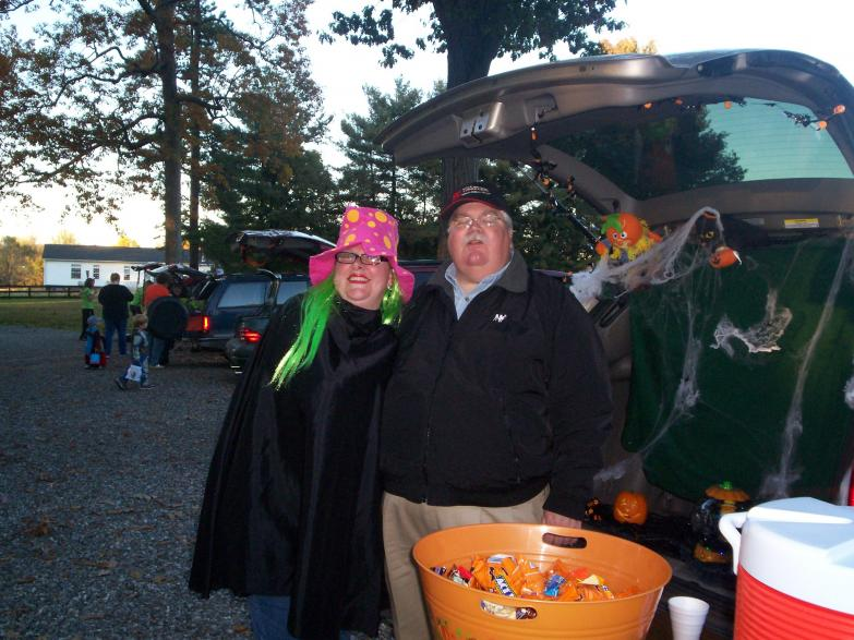 TrunkorTreat 2008 Anja and Ken