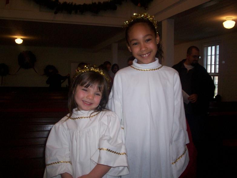 Chloee and Mkenna Xmas 2008